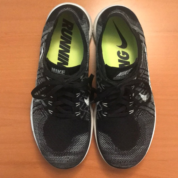 1b086359fc279 Nike Free 4.0 Flyknit Women s Running Shoes. M 5b4e71fb10fc54d66873fd19